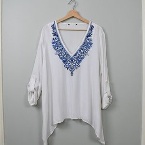 Just in! White Blue Embroidered Blouse Top XL
